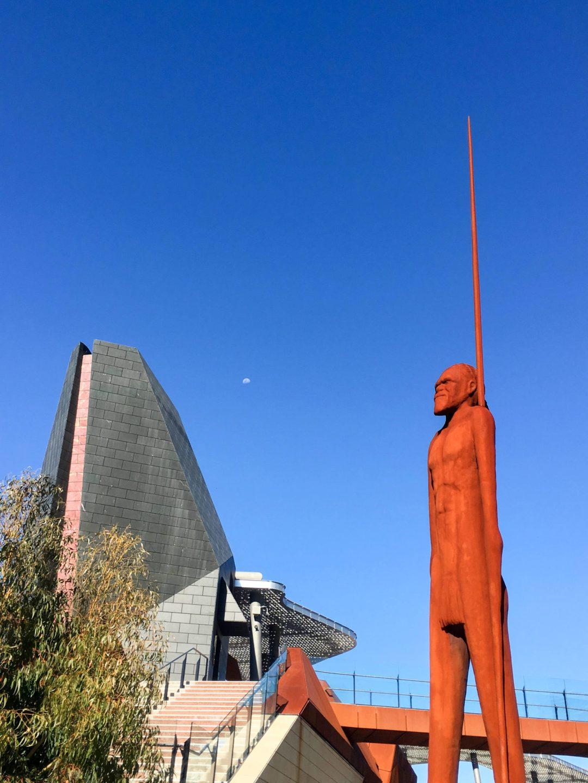 statue of yagan in perth australia