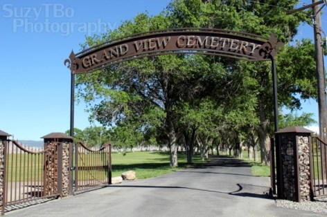 Grand View Cemetery Gate