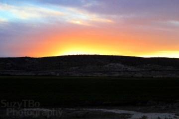 Montrose Colorado Sunset Behind Hill