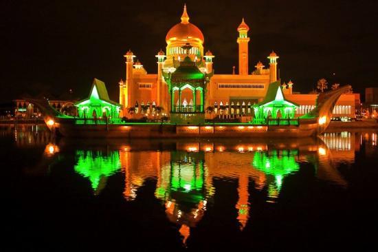 เมืองหลวง @ อาเซียน : บันดาร์เสรีเบกาวาน ประเทศบรูไน