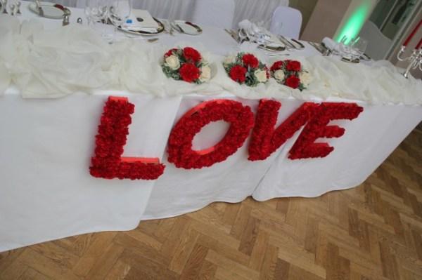 Буквы для оформления свадьбы, фото + видео