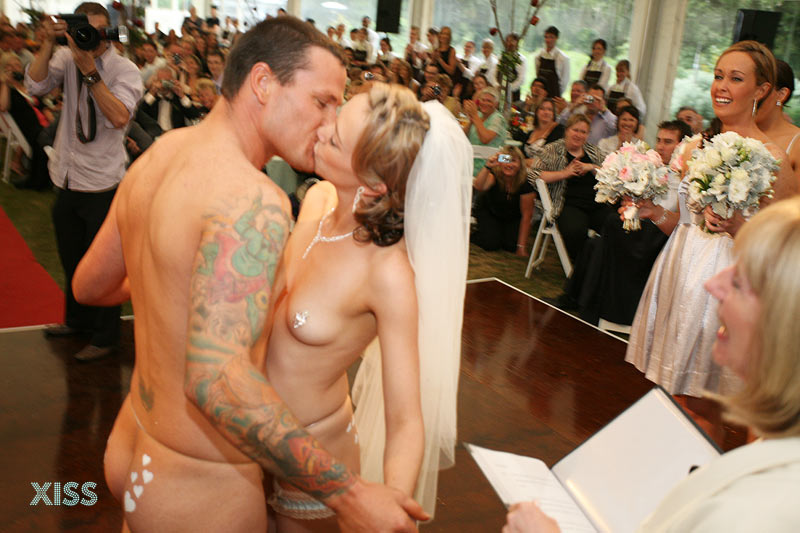 nude-wedding-day-sex-horny-whore-tg-captions