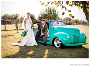 mint-wedding-car-6