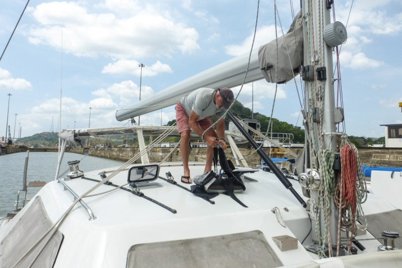 So, in the bosun's chair I went and Mike hauled me to the top of the mast. Roy cringed a bit....:-)