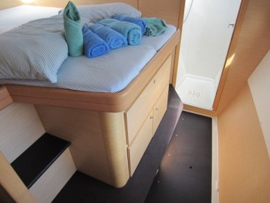 Bed and shower of forward stateroom