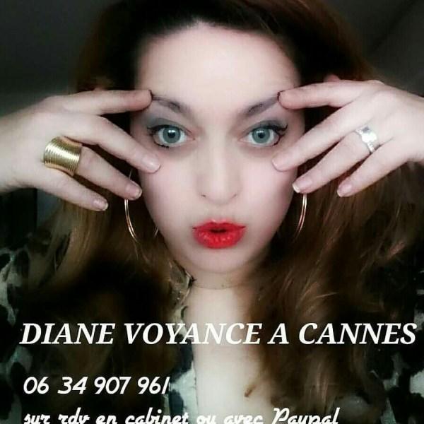 Diane voyante au téléphone et en cabinet