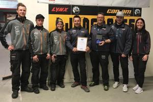Ljungbergs Motor får utmärkelsen Årets skoterhandlare av Svedea