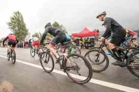 60 cyklister kom till start i årets Lofssjön Runt. Foto: Morgan Grip