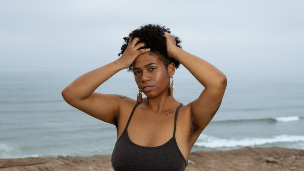 Massage Your Scalp - 4 Ways to Detox Your Scalp for Healthy Hair Growth
