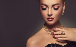 Types of Jewelry Every Woman Should Own