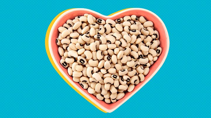 black eyed beans in a love-shaped plate