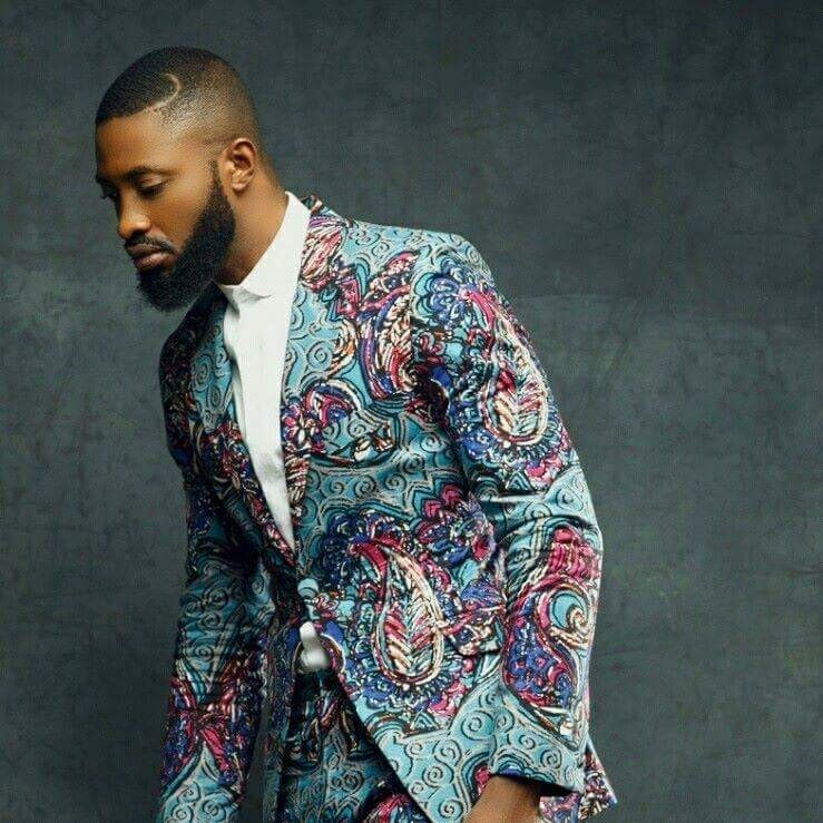 Ric Hassani in ankara suit showing his personal style