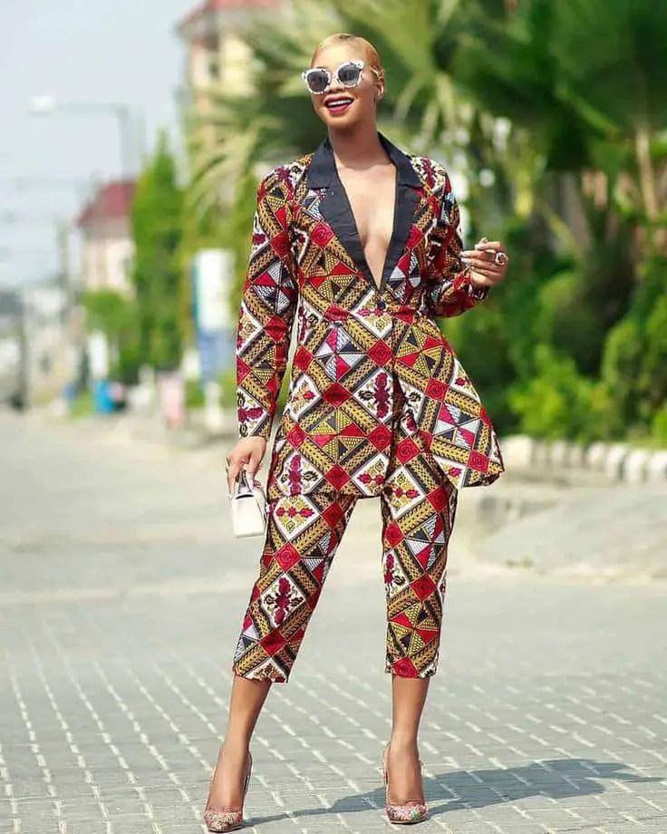 lady wearing ankara blazer with matching trouser