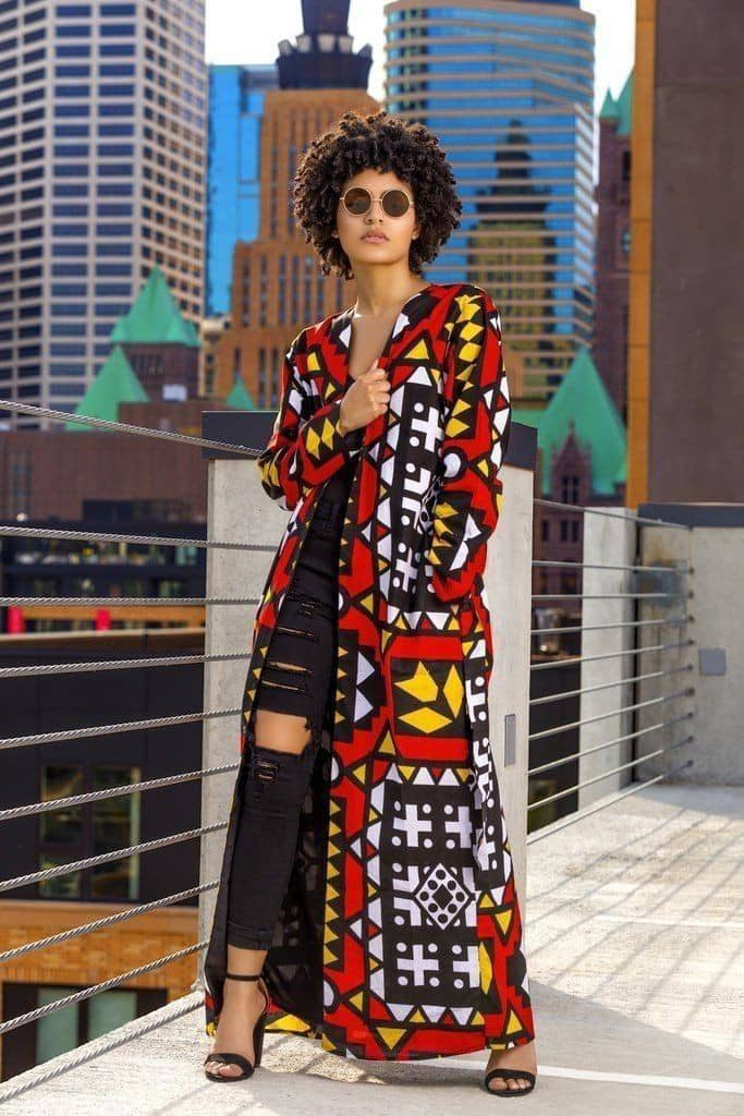 lady wearing ankara kimono