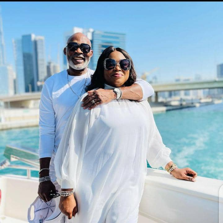 RMD chilling with wife at the seaside
