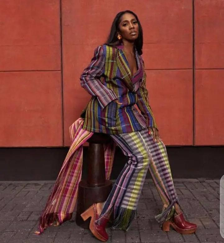 Tiwa Savage showing her style