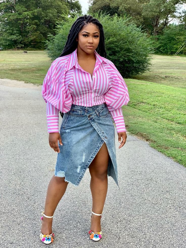 lady wearing pink shirt with jean skirt