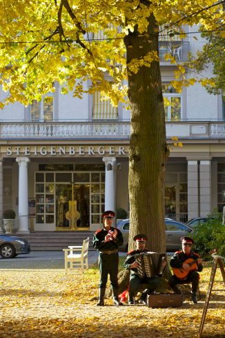 Bad Pyrmont Steigenberger Hotel im Herbst 2012