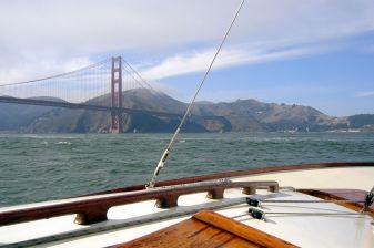 Nordisches Folkeboot in der San Francisco Bay
