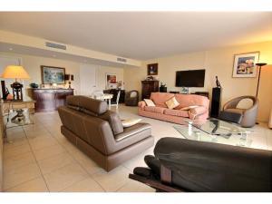 4 rumslägenhet till salu i Cannes Palm Beach svensk mäklare franska rivieran