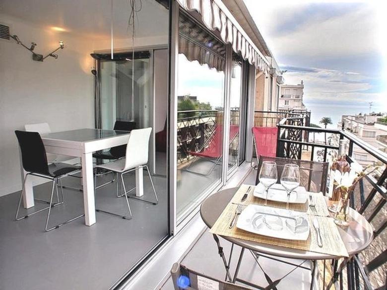 Investeringsobjekt i Cannes med terrass och havsutsikt