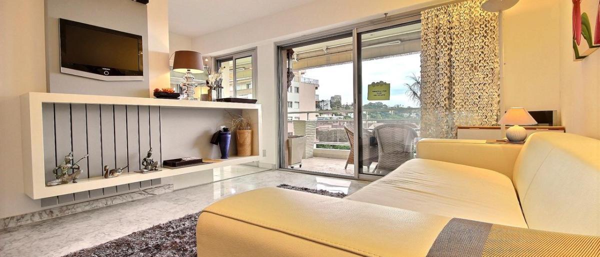 Hitta en lägenhet på franska rivieran nära centrum