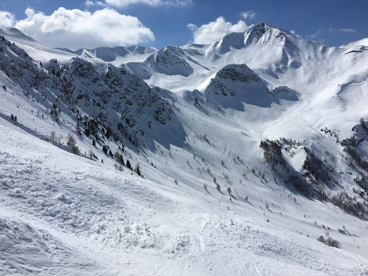 Alperna snösport reseinspiration
