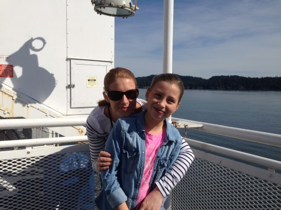 Foto: Felicia & Linda på väg till Vancouver Island.