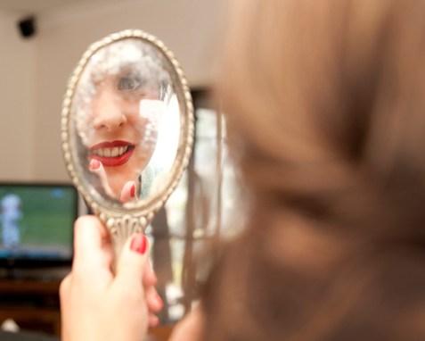 Belle's mirror