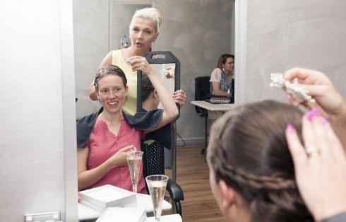 Bridal hairdressing
