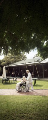 Bride and groom at Barossa Weintal