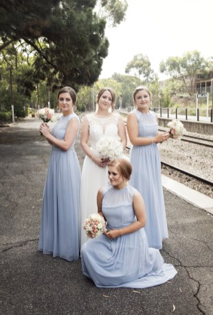 Bridesmaids doing the Charlies Angels pose