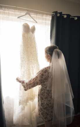 Preparing wedding dress