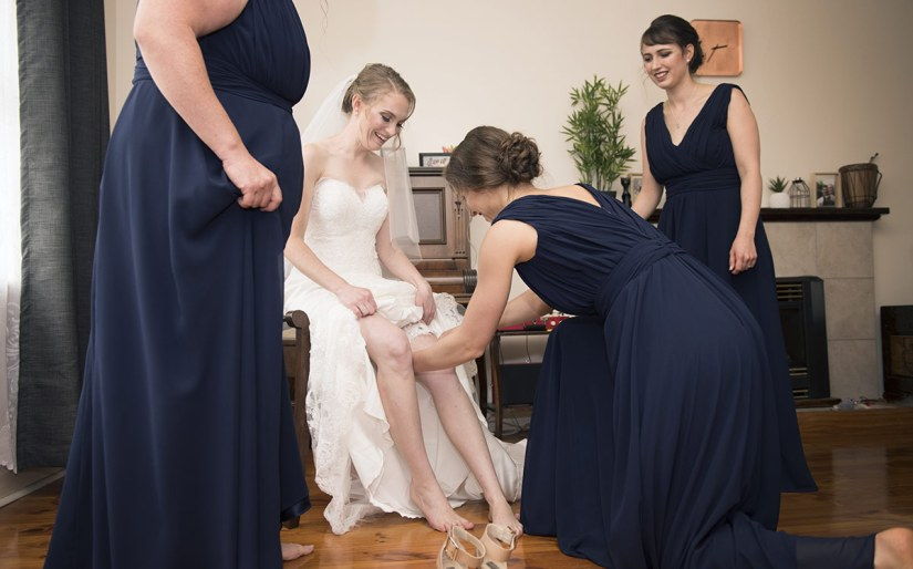 Putting on garter