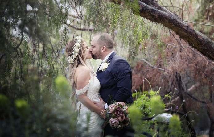Kissing amongst the Pepper Tree