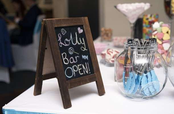 Lolly Bar