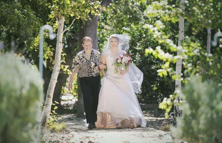 Bridal arrival