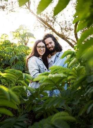 Engagement photo poses