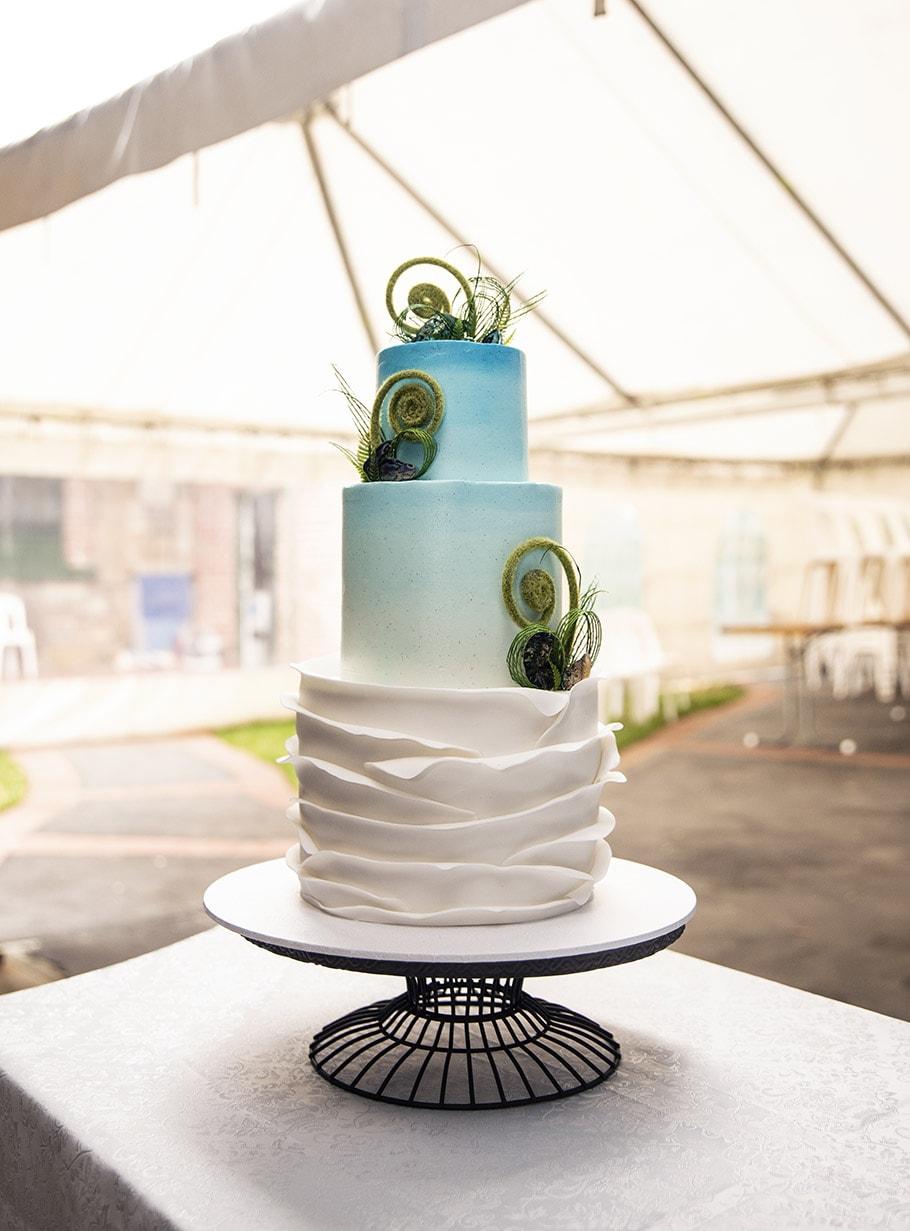 New Zealnad Themed wedding cake