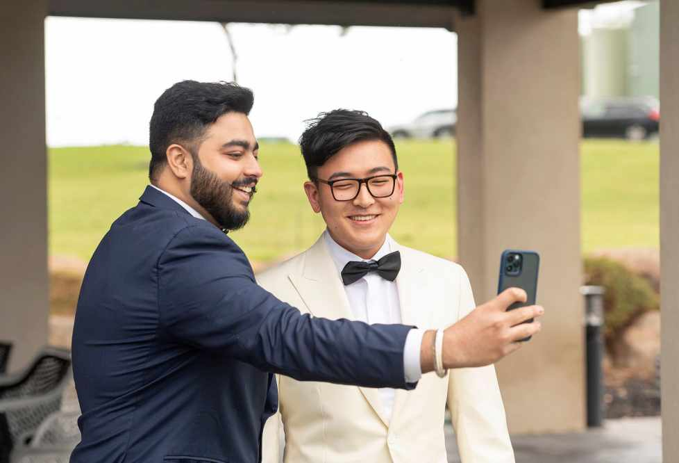 Selfy with the groom