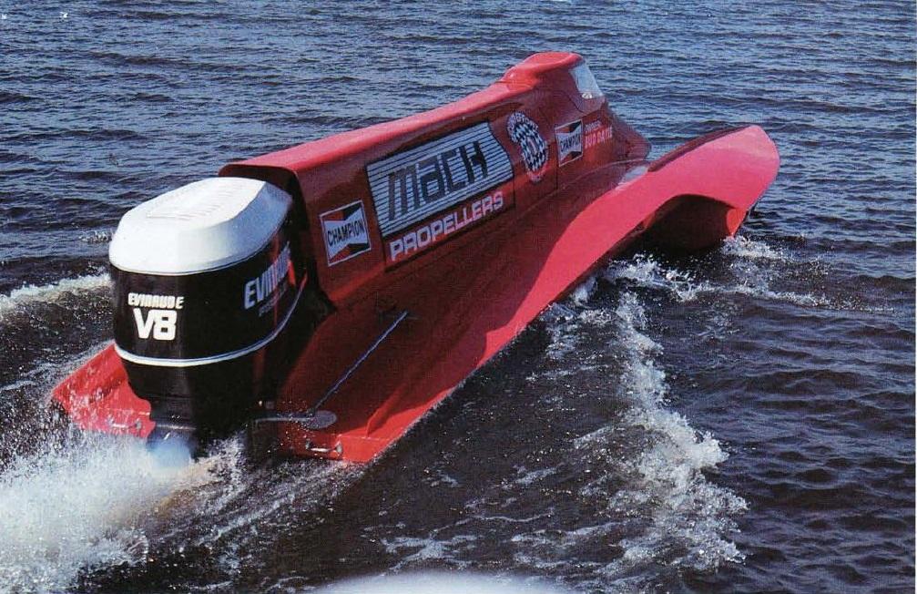 Still the fastest outboard in the world the evinrude f1 for Johnson marine italia