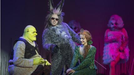 En bild från föreställningen Shrek.