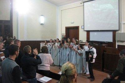 Косовски божури песмом за Дарка