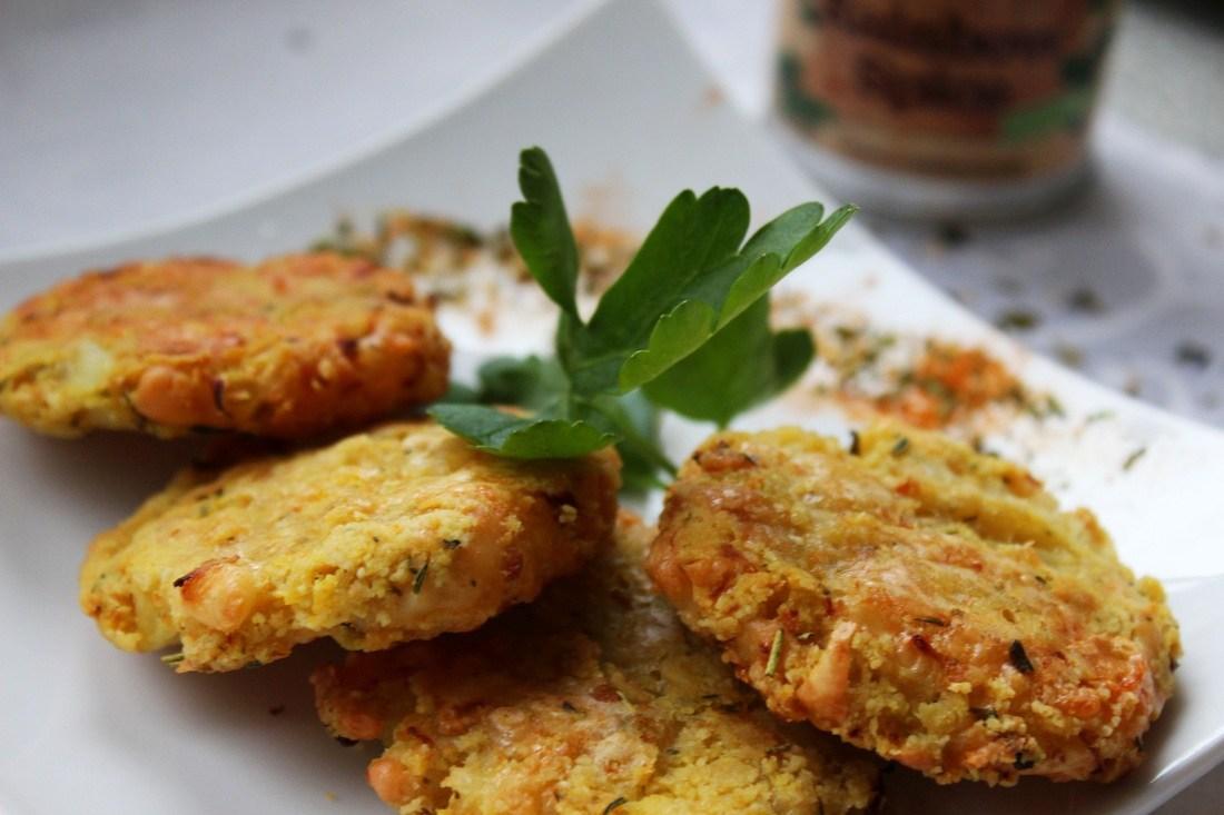 Karfiol-Käse-Laibchen aus dem Backofen – ein Lieblingsgericht neu gekocht