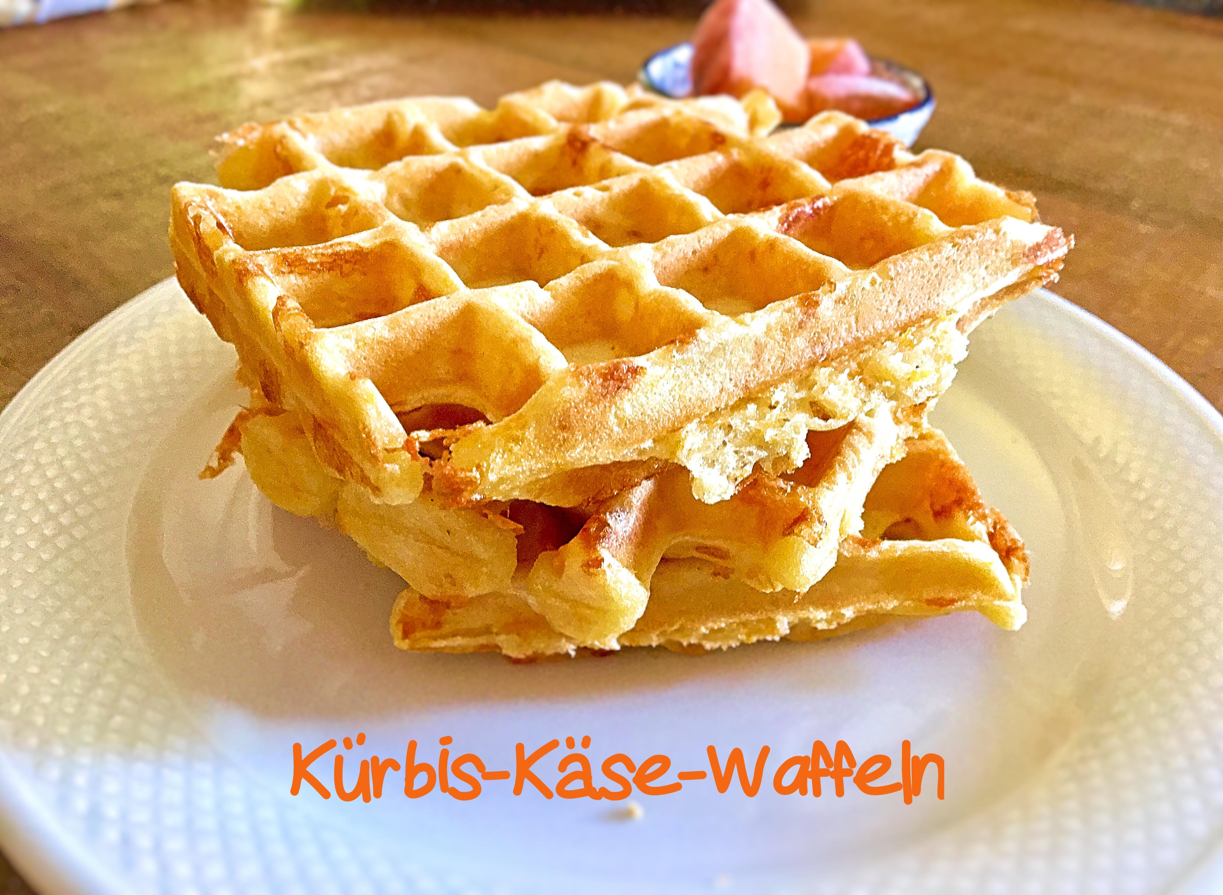 Kürbis-Käse-Waffeln