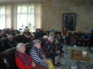 Старите хора са доволни да видят за вторa година представлението на неделното училище