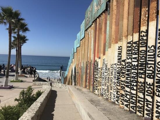 hraniční zeď