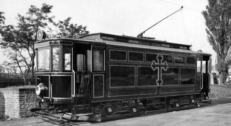 Pohřební tramvaj v Praze