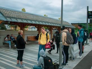 jernbanestasjon,elever,mksørumsand