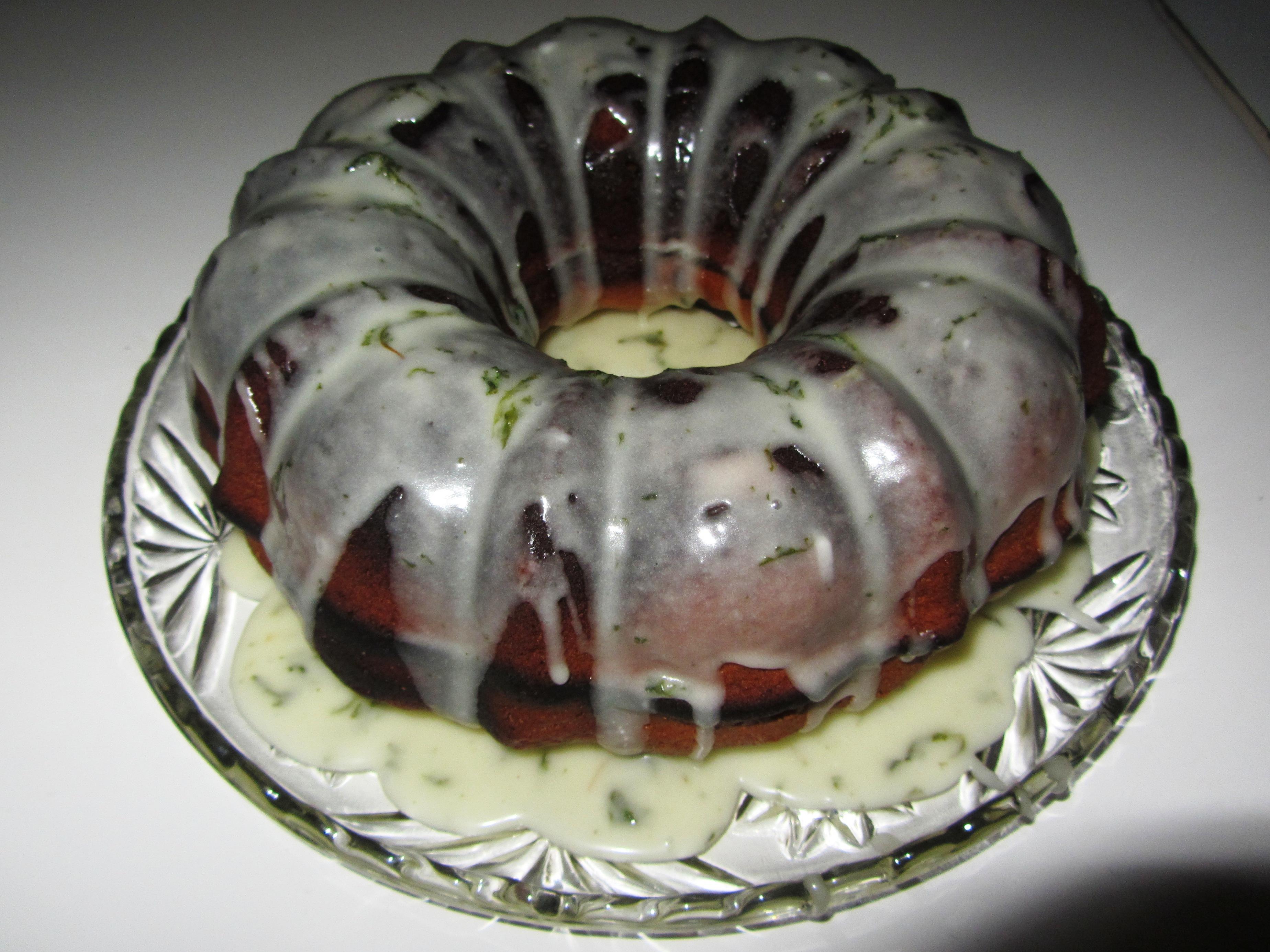 How to make a mojito rum cake